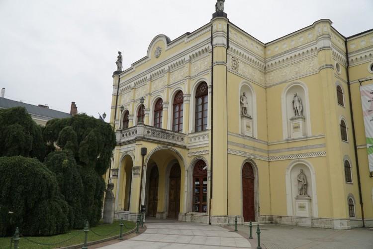 Megint drámáznak Debrecenben
