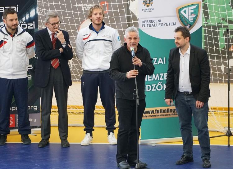 Roby Baggio közös úton Debrecennel