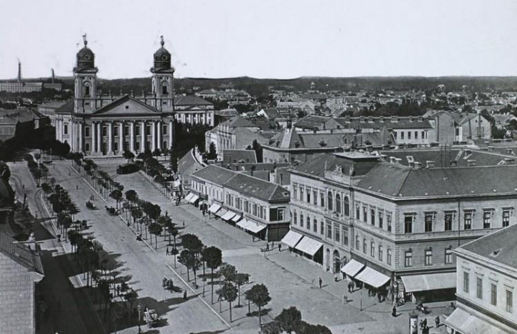 Szellemes kalanddal vár Debrecen