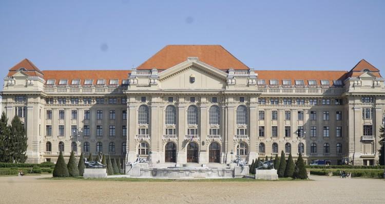 Napokig tart az ünnep Debrecenben