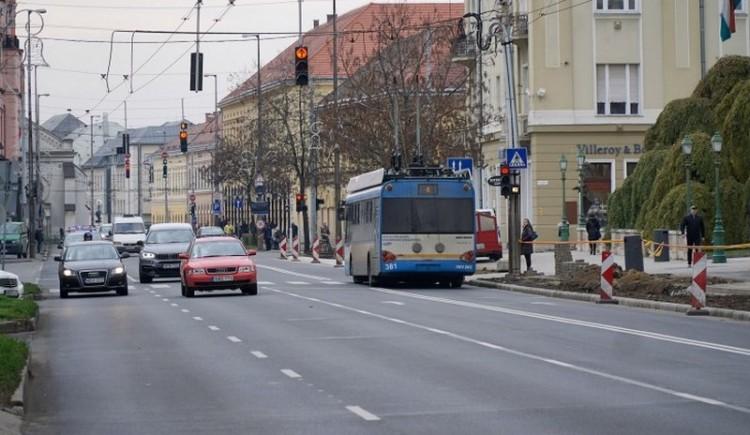 Virágvasárnap Debrecenben: forgalomkorlátozás a belvárosban