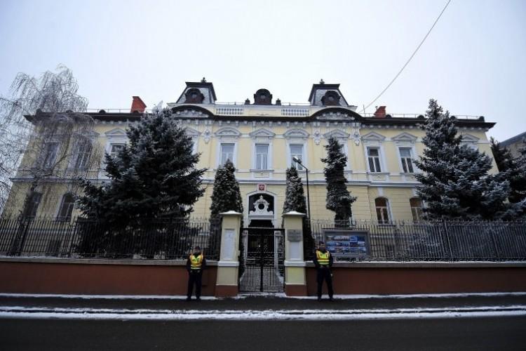 Hülyék kampánya: bezáratnák a debreceni orosz főkonzulátust