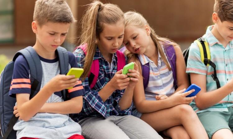 Kitiltják a mobilokat egy iskolából