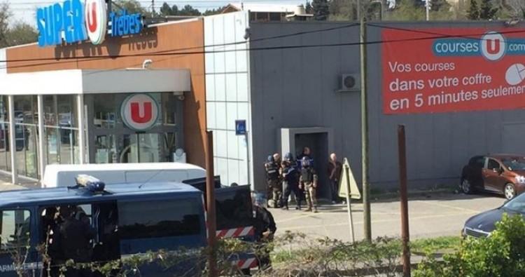 Terror Franciaországban: gyilkolt és túszokat ejtett egy iszlamista