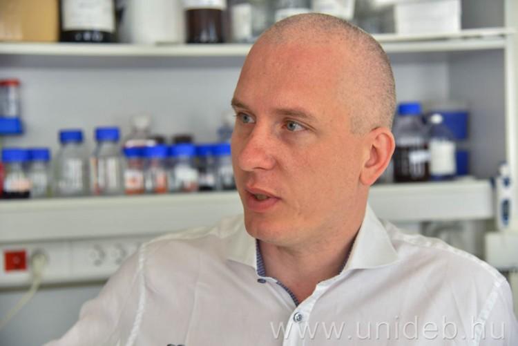 Debrecenben megtalálták, mi lehet a mellrák hátterében