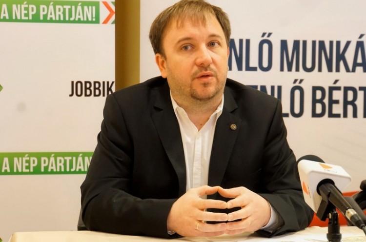 Tanácstalanság, csalódottság a hajdú-bihari Jobbiknál