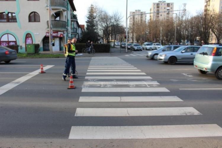 Nem állt meg a pirosnál Debrecenben!