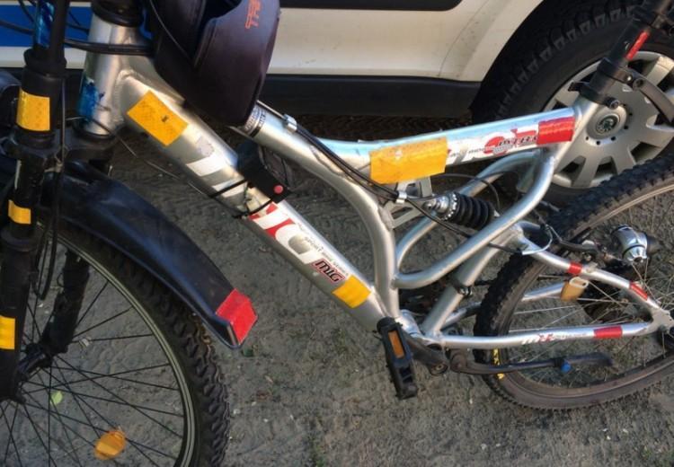 Biciklis álrendőr akart megbírságolni egy nyíracsádit