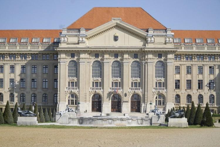 Nemzetközi mezőnyben is állja a sarat a Debreceni Egyetem