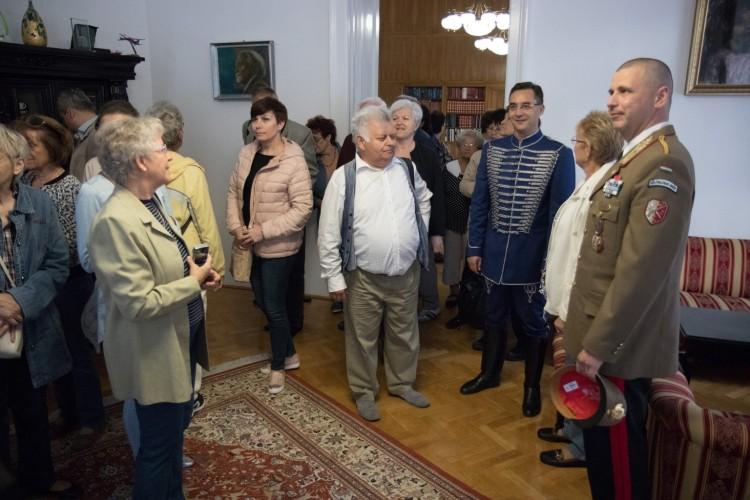 Szokatlan öltözékben tűnt fel Debrecen polgármestere