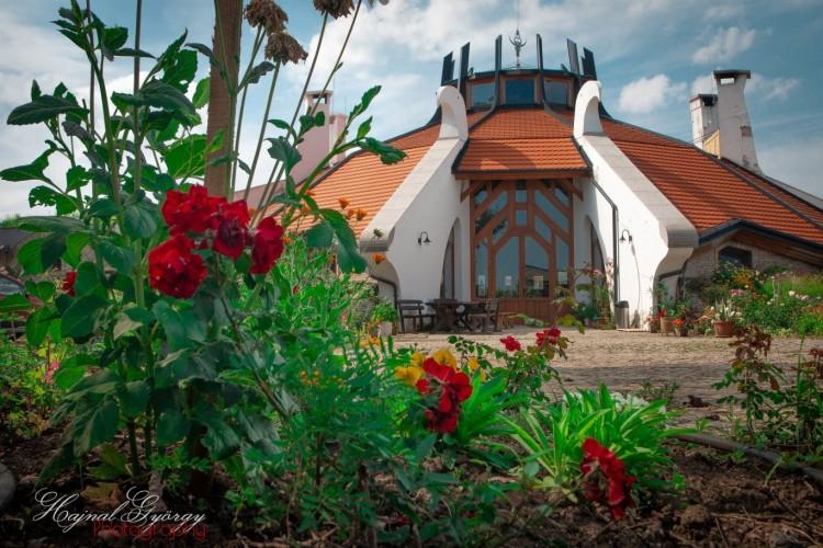 Ezt látni kell! Gyönyörű képek a balmazújvárosi biocsárdáról