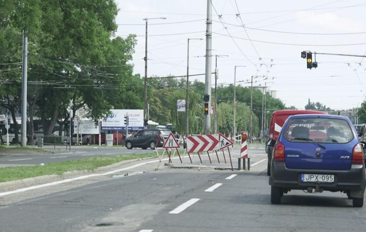 Hetek óta szívatják a debreceni autósokat – reagált a városháza