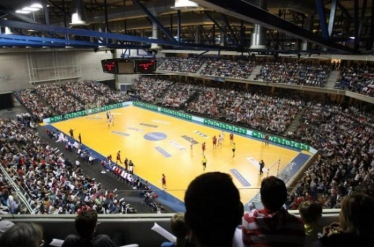 Új nemzeti aréna épülhet az EB-re