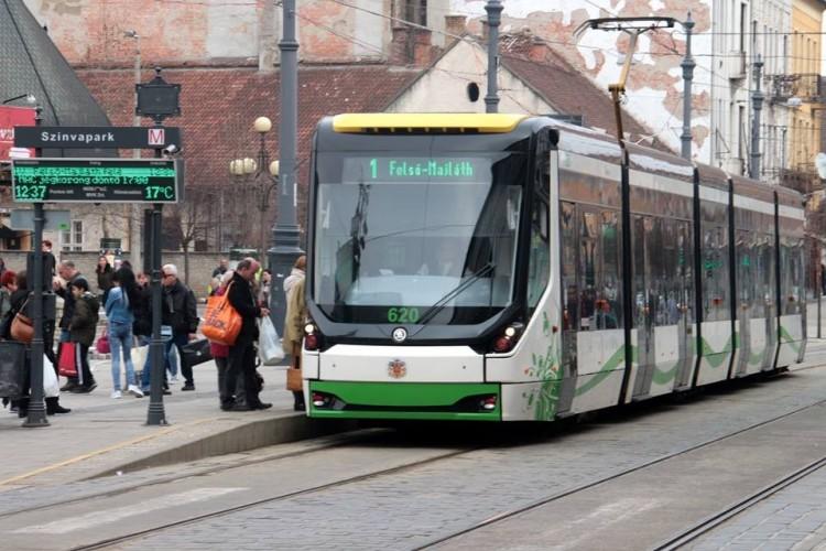 Elszabadult két vasúti kocsi Miskolcon