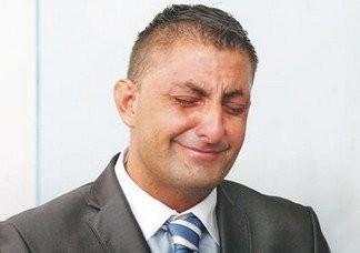 Győzike már csak Orbán Viktor segítségében bízik