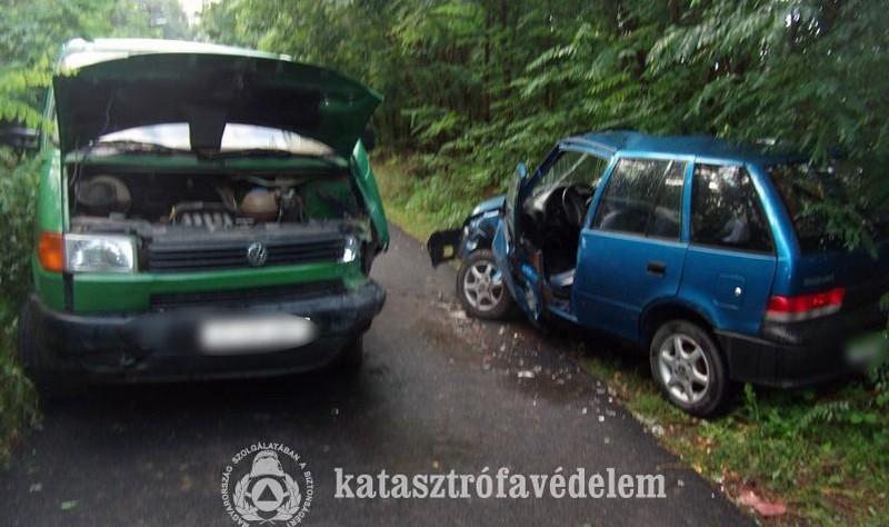 Kisteherautó ütközött személygépkocsival Nyírtelken
