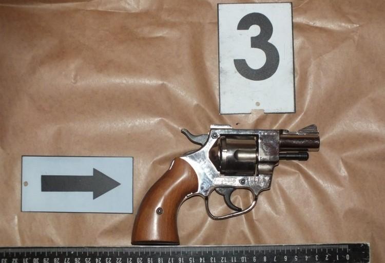 Lövöldözés Mátészalkán, életveszélyben egy férfi