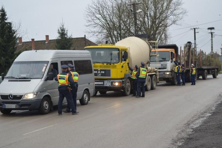 Csaknem 500 sofőrt állítottak meg Szabolcsban
