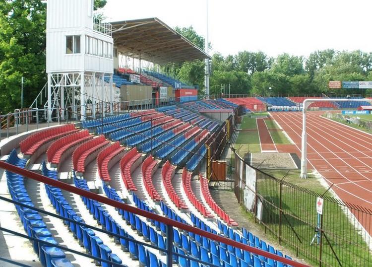 Új stadion épül a szomszédban is