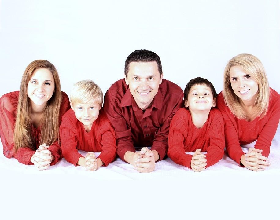 Debreceni nevelőszülők is kérhetnek támogatást