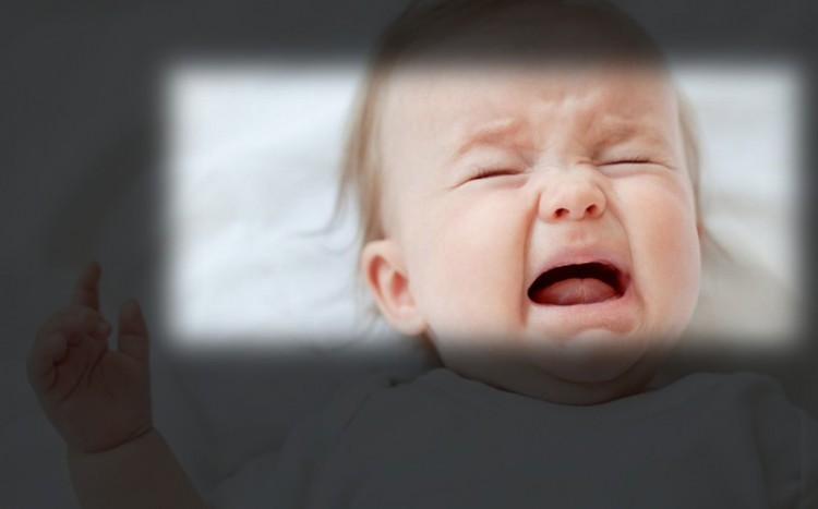 Ózdi rémtörténet: csecsemő szájába tette a péniszét