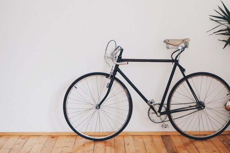 Egyedi kerékpárt loptak el Kazincbarcikáról