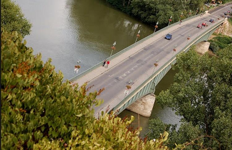 Bicikliút is lesz a felújított tokaji Tisza-hídon