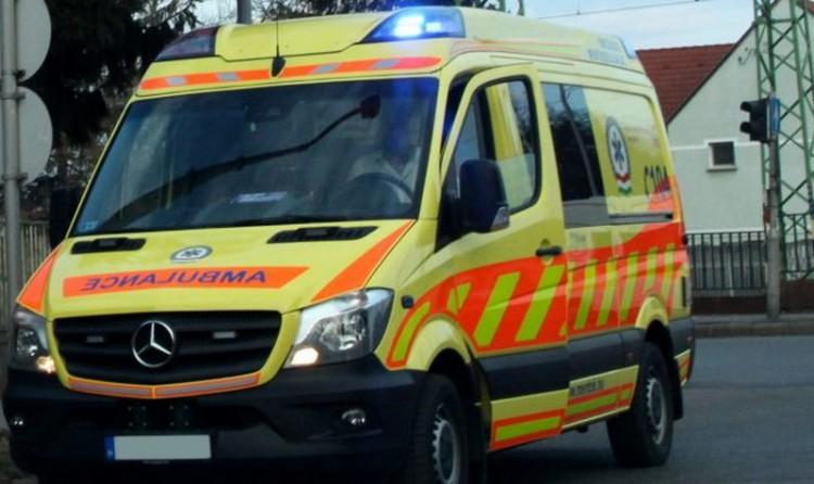 Ózdi balesethez siettek a mentők
