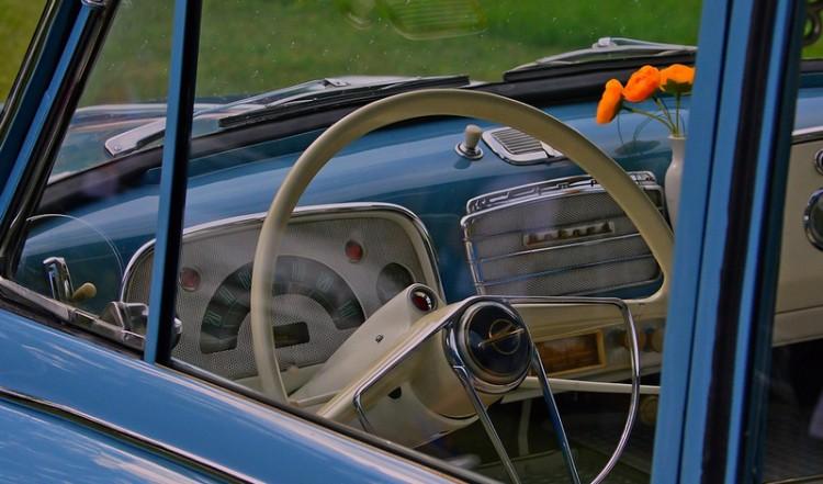 Oldtimer autók és állásbörze Miskolcon
