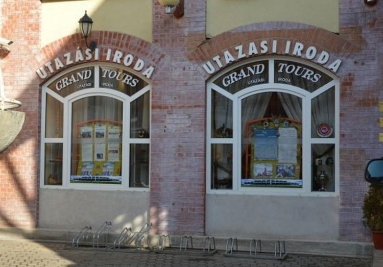 Grand Tours: nagy a csend, másfél éve tart a nyomozás