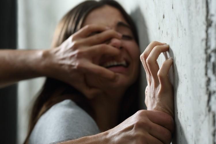 Fiatal lányokat erőszakoltak meg Miskolc közelében