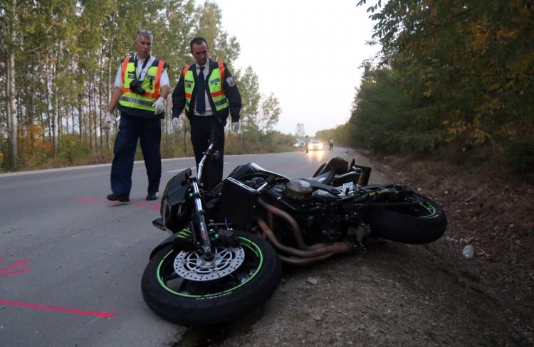 Meghalt egy motoros Hejőpapi közelében