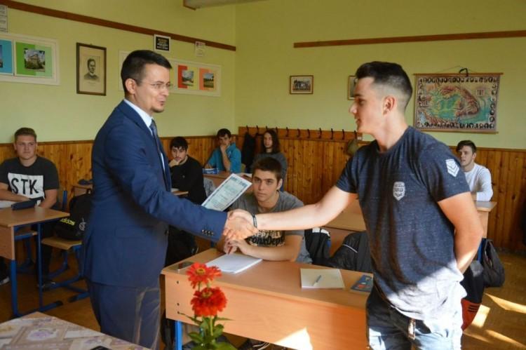 Ösztönző támogatást kapnak az ózdi középiskolások