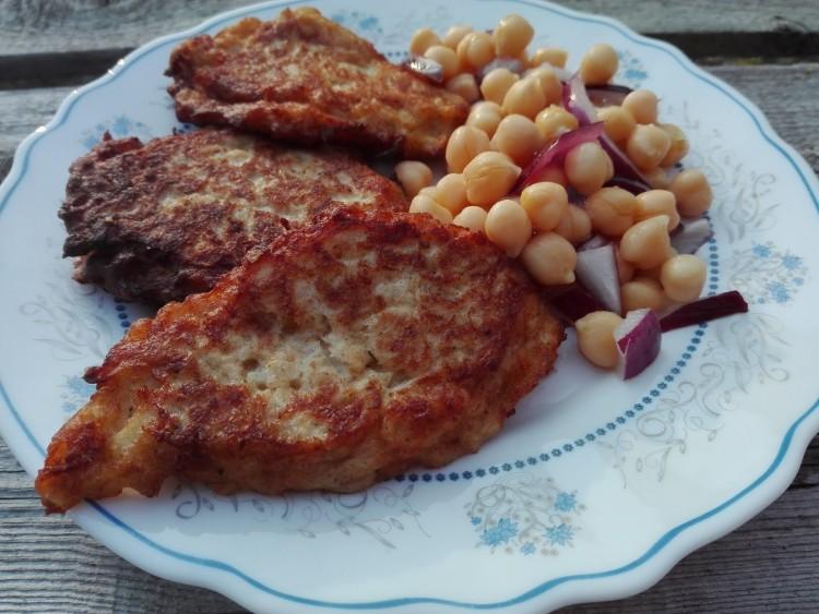 Recept: sajtos karfioltócsni csicseriborsóval