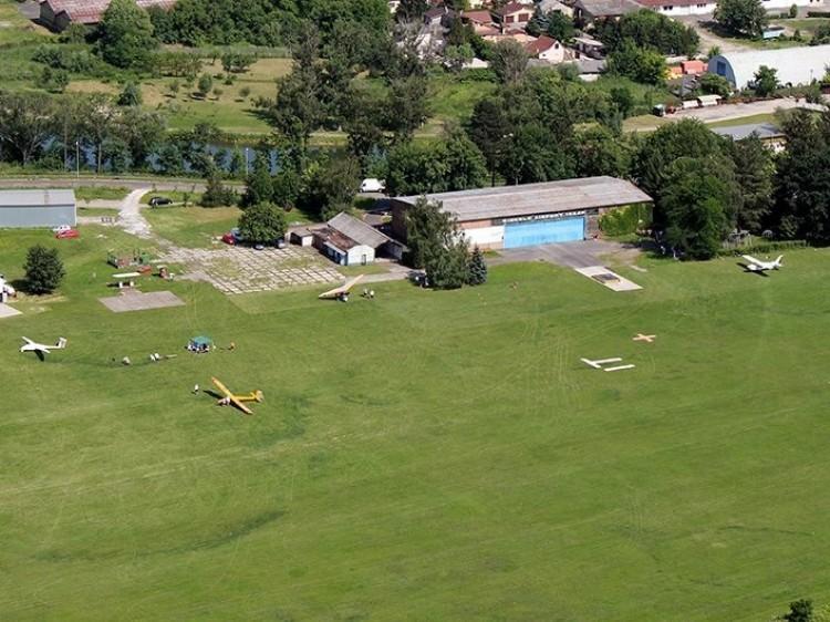 Megállapodott a repülőklub és a város