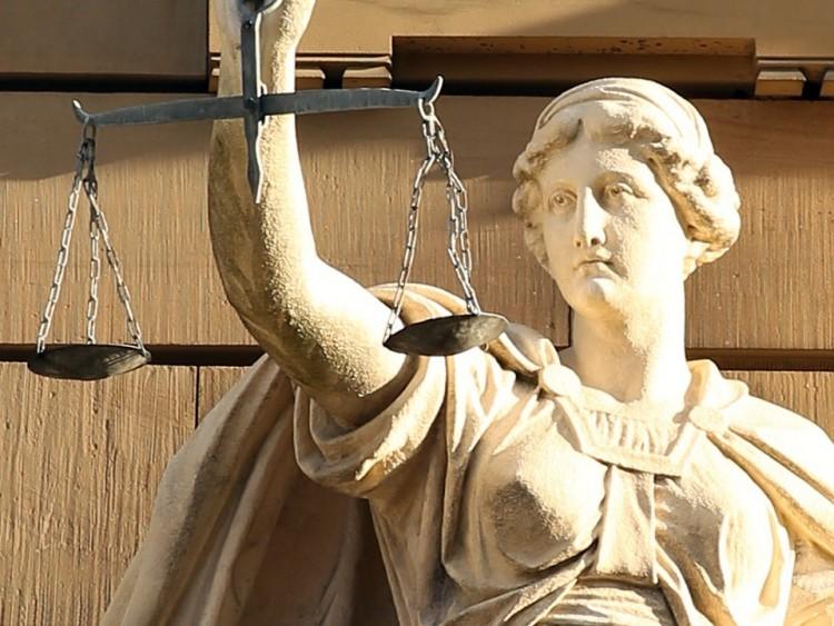 Közokirat-hamisításért ítéltek el egy nyíregyházi ügyvédet
