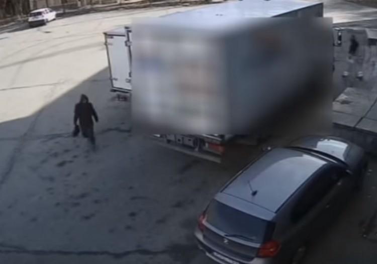 Megörökítette a kamera az ózdi tolvajt