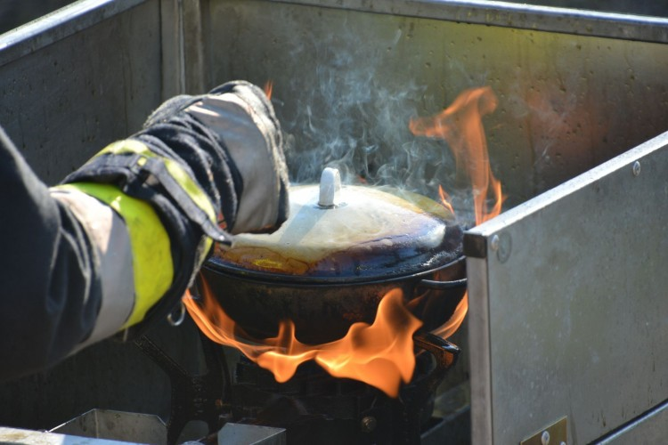 Égő olaj okozott riadalmat Sátoraljaújhelyen