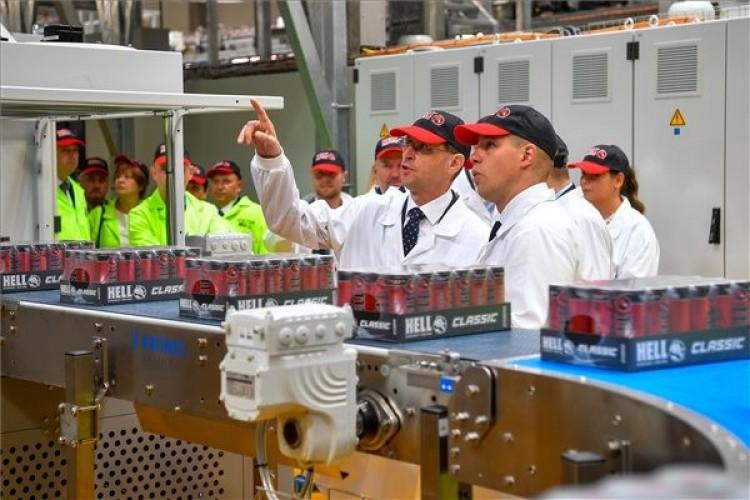 Kétmilliárdos bővítés a Hell szikszói gyárában