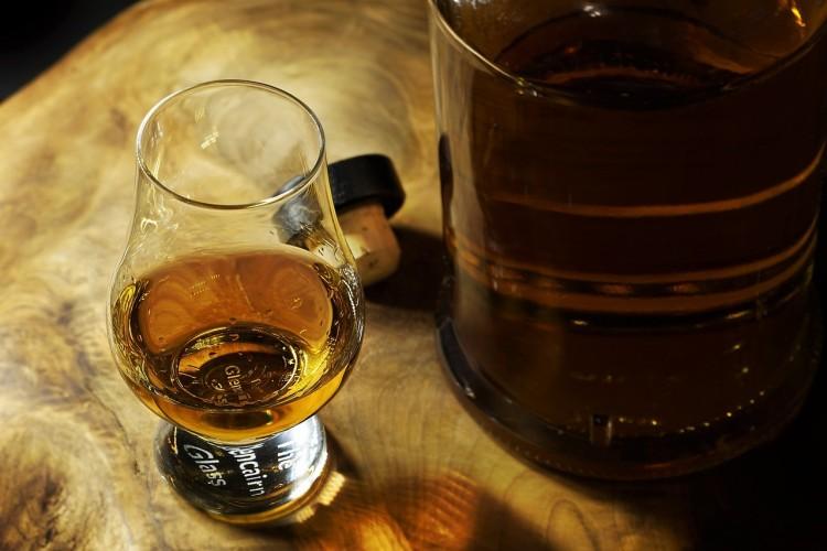 Kazincbarcikán is felbukkant egy whiskey-s rabló