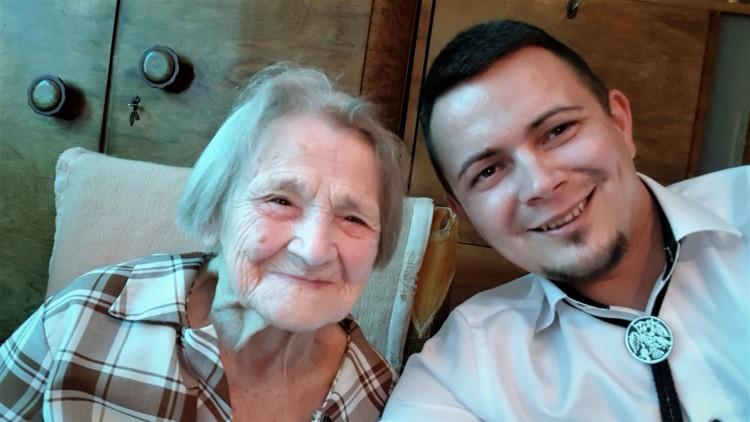 105 éves nénit köszöntöttek Ózdon