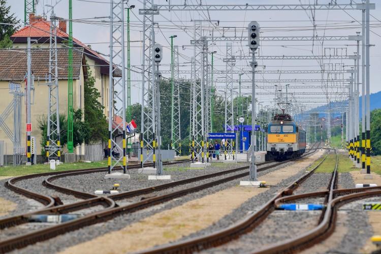 Új életet kapott a vasút Mezőzombor és Sátoraljaújhely között