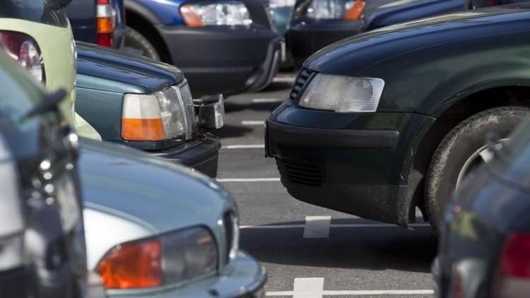Változik a parkolási rend Miskolcon