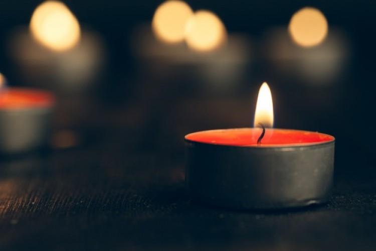 Közúti baleset fiatal, kazincbarcikai áldozatára emlékeznek