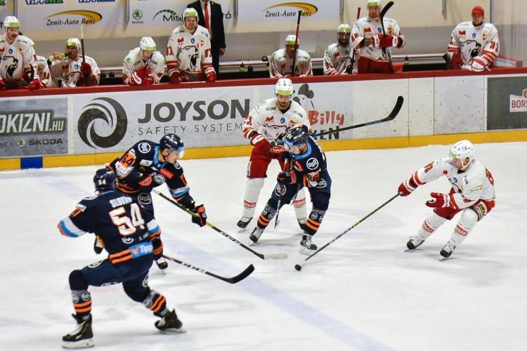 Elsöprő győzelmet aratott a DVTK Miskolcon