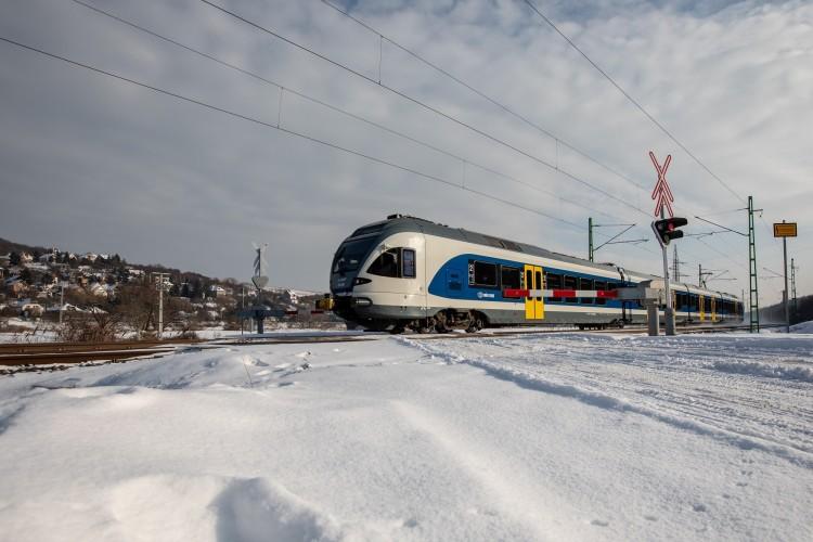 Ünnepi menetrend szerint közlekednek a vonatok
