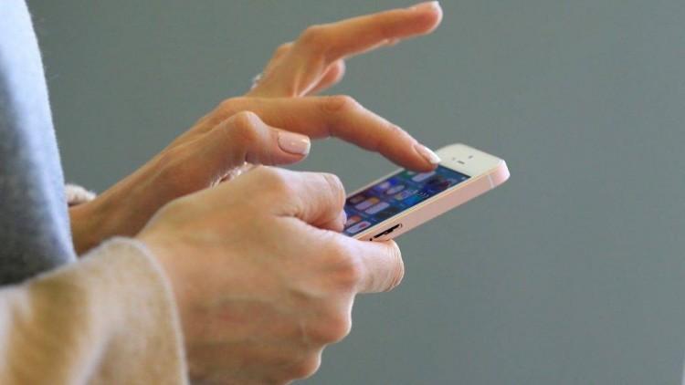 Talált telefon miatt lett gyanúsított egy sajószentpéteri nő