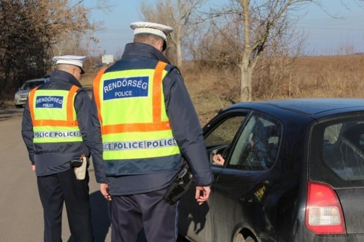 Ittas vezetőt szúrtak ki Miskolcon