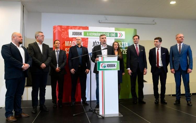 Történelmi felelősségről beszél a Jobbik új elnöke