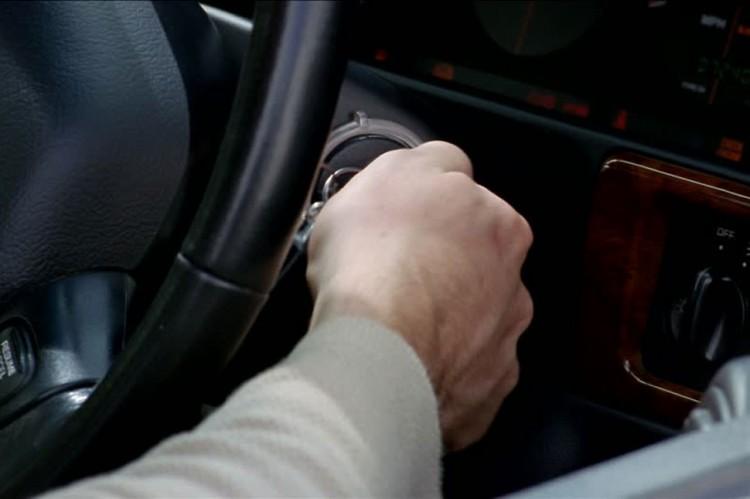 Enyhe büntetéssel megúszhatja a körömi autótolvaj